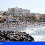 La playa de La Arena se consolida como la playa más condecorada con Bandera Azul de la provincia