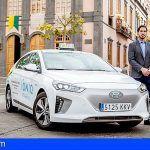 El primer taxi 100% eléctrico de Canarias, un Hyundai IONIQ