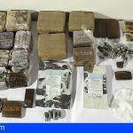 Dieron a guardar una supuesta bolsa de ropa pero contenía 17 kilos de hachís, en Lanzarote