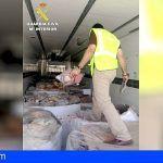 La Guardia Civil interviene en Granada 10.700 jamones y embutidos ibéricos congelados en mal estado