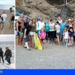 Los vecinos de Callao Salvaje se unen en la limpieza de la playa