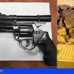 Amenaza con armas de fuego a su mujer y su hijastra en Valle San Lorenzo