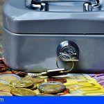 Cerca de 34.000 familias de Canarias recurren a créditos rápidos para afrontar la 'vuelta al cole'
