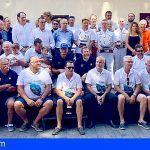La ceremonia de clausura de la Regata Oceánica Huelva-La Gomera acoge la entrega de trofeos a los barcos vencedores