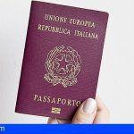 Detienen a una mujer con documentación italiana falsa en el aeropuerto de Lanzarote