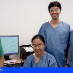 El HUC forma a tres neurólogos indonesios en monitorización neurofisiológica intraoperatoria