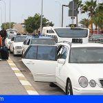 Agredieron a un taxista para robarlo cuando les transportaba desde el Aeropuerto Reina Sofía a Santa Cruz