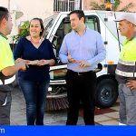 Arona refuerza el servicio de limpieza en las principales zonas comerciales del municipio durante las navidades
