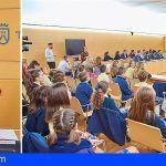 La presidenta por un día del Cabildo de Tenerife, pide que todos los niños de la Isla puedan acceder fácilmente a la educación
