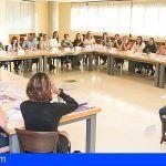 La II Escuela de Igualdad de Adeje arranca doblando las previsiones de inscripción