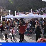 Santiago del Teide | Numeroso público disfrutó de las primeras rutas de la Campaña del Almendro en Flor 2019