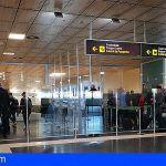 Detienen en el Aeropuerto Tenerife Sur a tres personas de nacionalidad iraní por falsedad documental