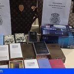 Canarias   Detienen a dos mujeres por hurtar gran cantidad de perfumes valorados en más de 1.350 euros