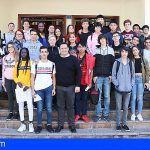 Más de 400 alumnas y alumnos de Arona han participado en los plenos municipales juveniles