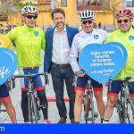 El colectivo ciclista se suma a la campaña de sensibilización turística #YosoyTenerife