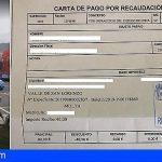 El Alcalde de Arona muestra la multa cancelada por aparcar en zona restringida por el carnaval