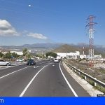 Dos heridos graves tras la colisión de un turismo y una motocicleta en Las Chafiras