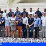 El timple tendrá estudios profesionales en los conservatorios de Canarias
