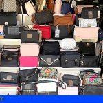 23 detenidos en Maspalomas por vender artículos falsificados valorados en más de un millón de euros