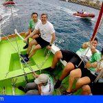 Fernando Clavijo recibe el bautismo marinero de manos de la tripulación del Minerva