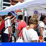 El Médano celebró ayer domingo la Feria del Libro, una jornada llena de buena literatura y de animación cultural