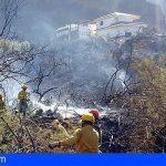 Continúan las tareas de refresco del incendio declarado en Valle Gran Rey