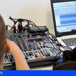 200 centros educativos de Canarias serán dotados de radios escolares