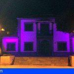El Ayuntamiento de Santiago del Teide se iluminó de morado por el síndrome de Dravet