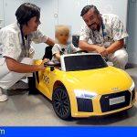 Los niños del Hospital de Fuerteventura van al quirófano en cochecito deportivo