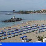 En la Playa de Las Vistas ondea la bandera roja desde ayer y el PP denuncia la falta de información