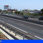 Un herido grave en una colisión turismo-camión en la TF-1 Las Chafiras