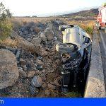 Granadilla | Un Vehículo se sale de la vía en la subida de Antojo