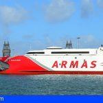 El fast ferry más avanzado del mundo enlaza las dos capitales canarias en 90 minutos