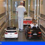 Los niños del Hospital Materno Infantil van al quirófano y radiodiagnóstico en cochecito eléctrico