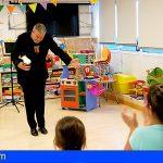 Los niños ingresados en el HUC disfrutan todo el año de la Fundación Abracadabra