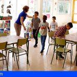 «la Caixa» facilita material escolar a más de 2.300 niños  de Tenerife