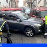Tenerife | Los Bomberos atienden una colisión múltiple y 2 vehículos incendiados