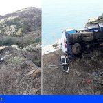 Tenerife | Una grúa se instalará este jueves para recuperar el camión caído en Garañoña