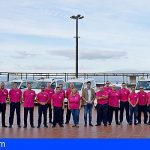 Taxistas de Stgo. del Teide dan visibilidad a la lucha contra el cáncer de mama