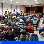 Más de 400 personas se reúnen en apoyo a la alcaldesa de Arico