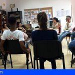 Granadilla | Gran éxtito de 'Integrando el Arcoíris' sobre la realidad LGTBI