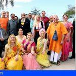 Adeje inaugura la plaza de La Paz Mahatma Gandhi