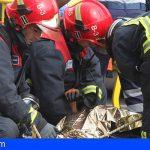 Lo rescatan malherido en Granadilla tras accidentarse y quedar atrapado en su coche