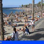 Una sexagenaria en estado grave tras casi ahogarse en playa El Camisón