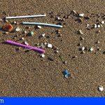 Los microplásticos en las playas canarias se relacionan con vertidos de aguas residuales