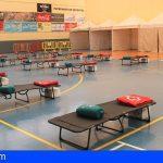 El Pabellón de Los Cristianos, albergue de emergencia para personas sin hogar