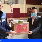 Tenerife | 2 asociaciones chinas donan 1.200 mascarillas al Ayuntamiento y Policía Local