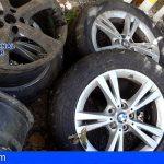 En Santa Cruz sustraían piezas y ruedas de vehículos de alta gama utilizando un coche robado