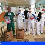 Las viseras protectoras hechas en Arona siguen llegando a los centros sanitarios del Sur