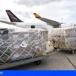 Llega a Canarias un nuevo cargamento con 100.000 hisopos para realizar test y 36.000 EPI